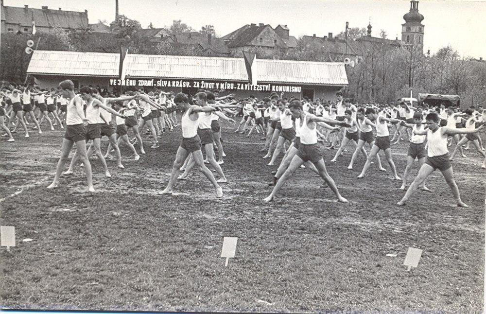 Spartakiáda 1965 na hřišti ve Voticích
