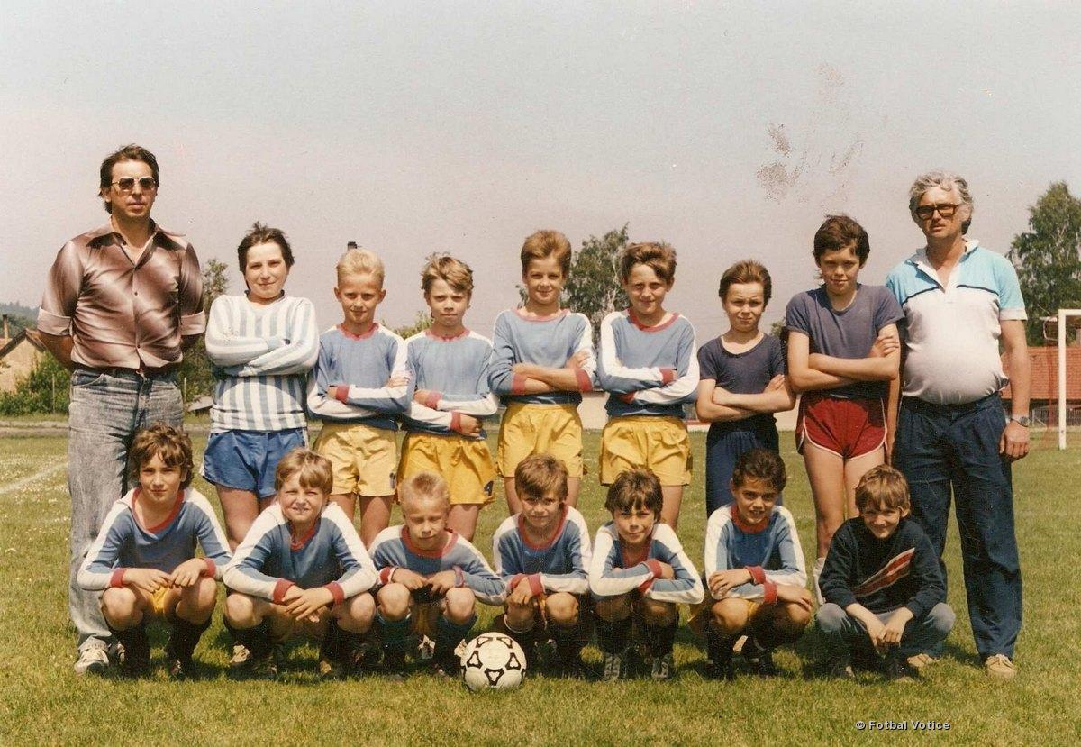 Žáci   1990